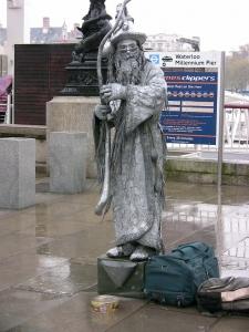 Londres-jvc-jevouschouchoute-statue