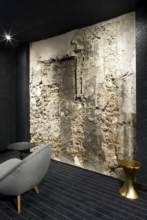 eugene en ville mur pierre paris