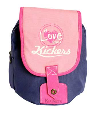 Kickers-Backpack-XS-girl-iris_jevouschouchoute_jvc