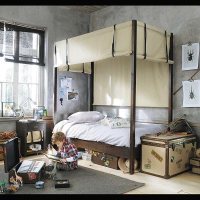 maison du monde coffre de rangement coffre de rangement en osier sur roulettes avec doublure en. Black Bedroom Furniture Sets. Home Design Ideas