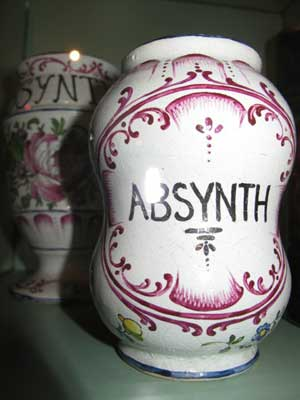 L'Absinthe et son histoire_1_jevouschouchoute_jvc