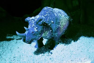 dinosaure_rhino laineux_jevouschouchoute_jvc