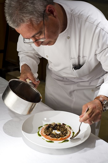 BOURGOGNE-Escargots et tomate mozzarella-Crédit La cote St Jacques Joigny-jvc-jevouschouchoute