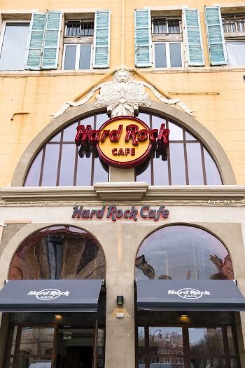 hard rock cafe -(c) Yann Bouvier -jevouschouchoute (2)