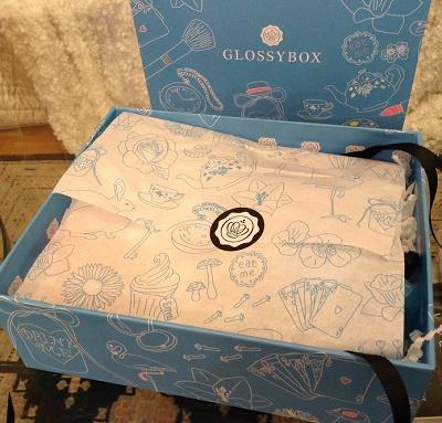 glossybox0-jvc-jevouschouchoute-Alice Avril Design