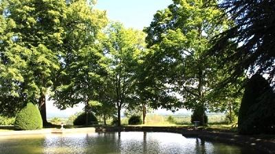 Parc-du-Chateau-de-Loyes
